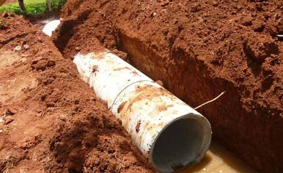 Unter den Strassen verlegte Abwasserkanäle verhindern auch in der Regenzeit eine Überflutung