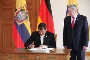 Präsident Rafael Correa, Berlin-Besuch