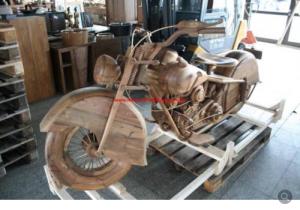 Auf ebay angeboten: Motorrad Harley Davidson Replica massiv Holz Teak Modell Chopper