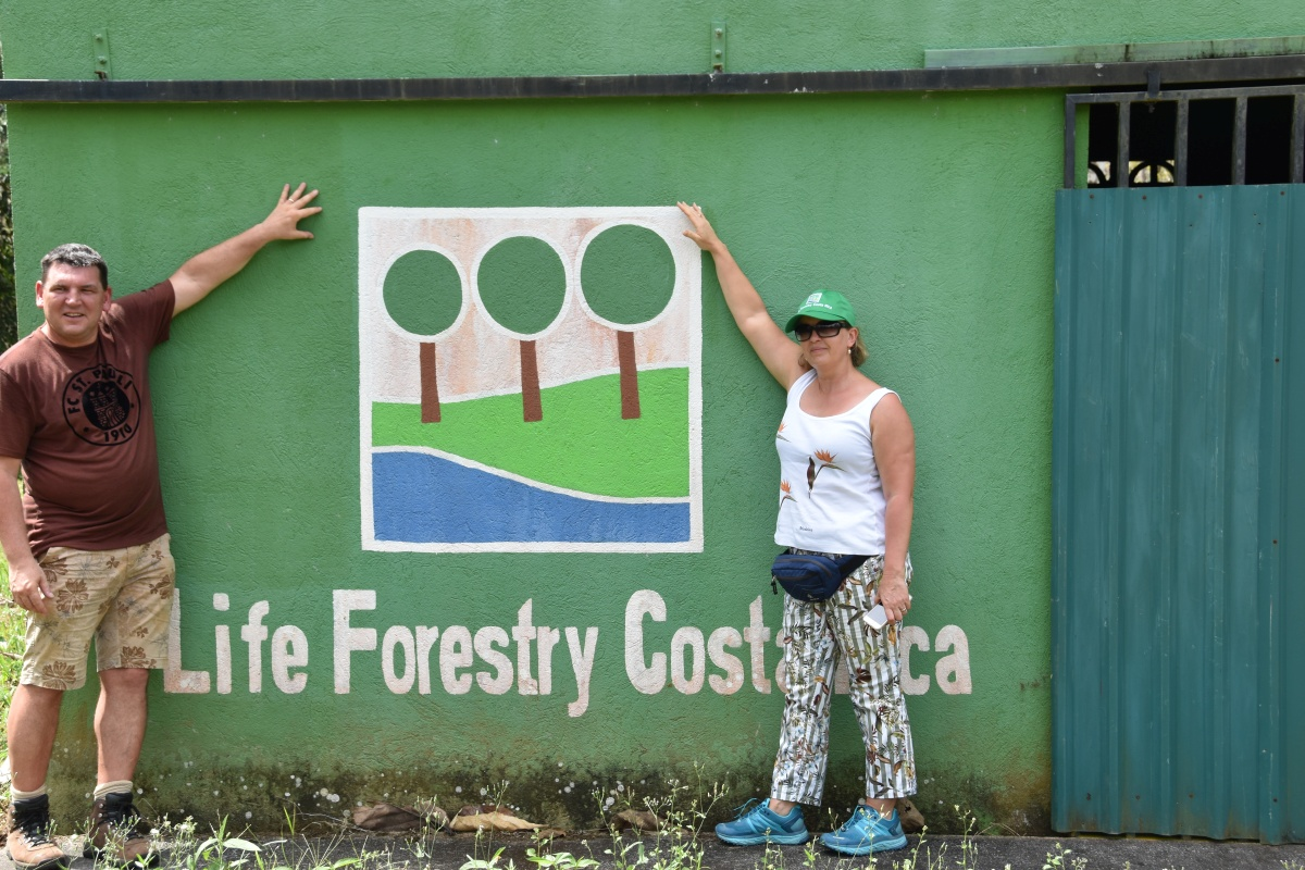 "Life Forestry Kunden auf ""Santa Lucia"""